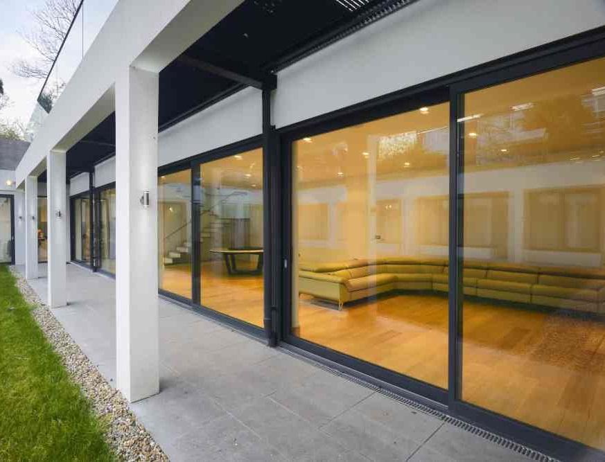 schuco-bifold-doors-suppliers-London-schuco-doors-installation-London
