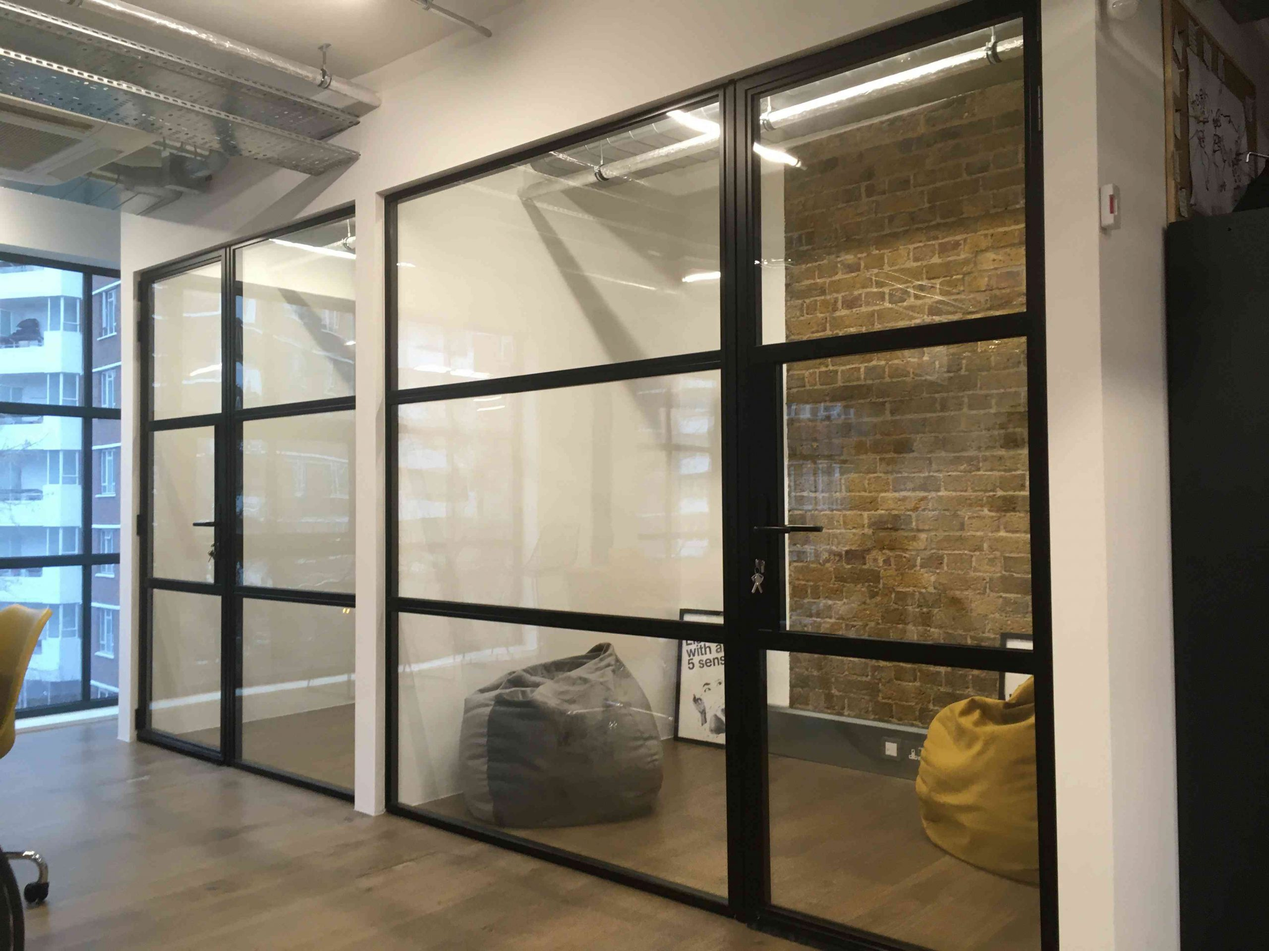 schuco-aluminium-bifold-doors-London-schuco-bifold-doors-installation-London