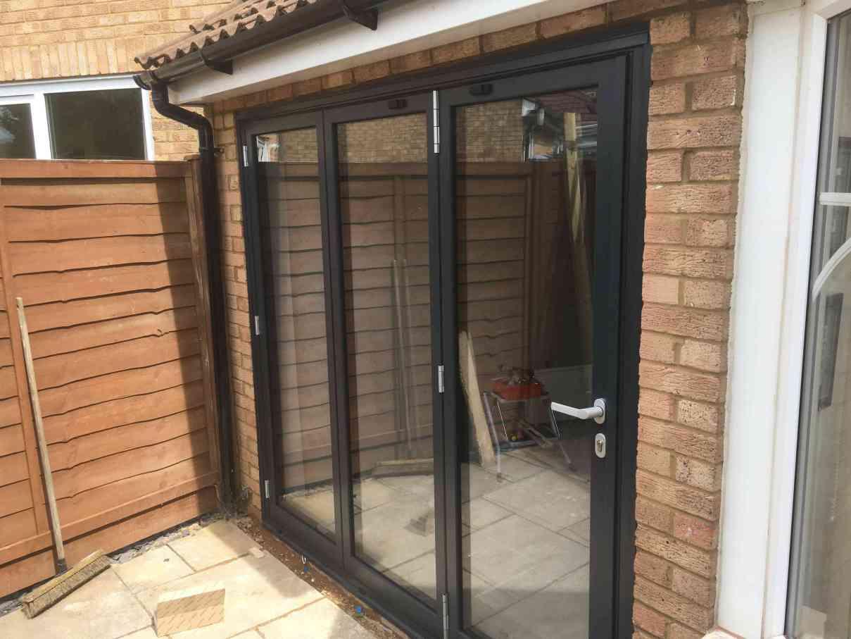 schuco-aluminium-bifold-doors-London-schuco-bifold-doors-suppliers-London